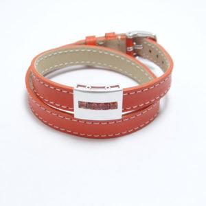 bracelet-cuir-orange-double-tour-et-motif-en-argent-sert-de-saphir-orange